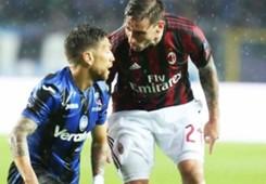 Alejandro Papu Gomez Biglia Atalanta Milan 2018