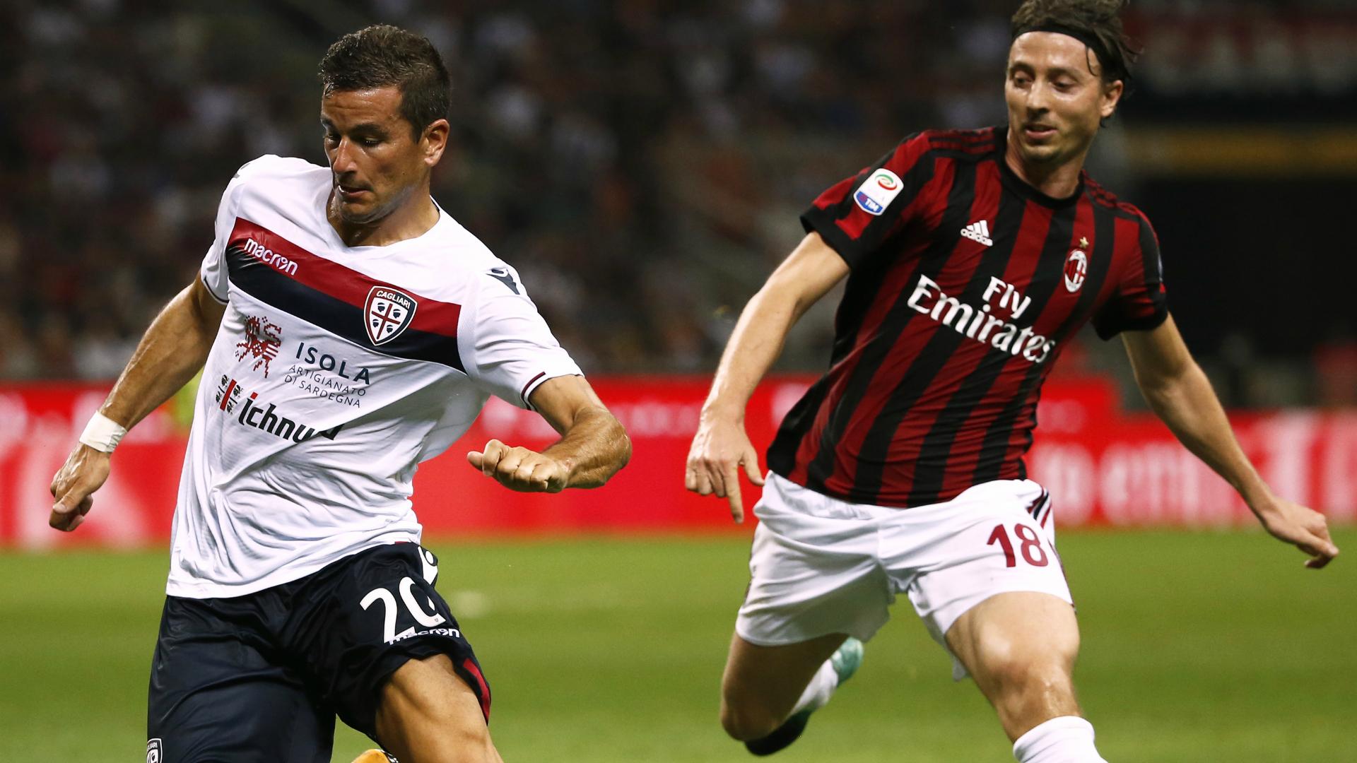 Montolivo Padoin Milan Cagliari Serie A