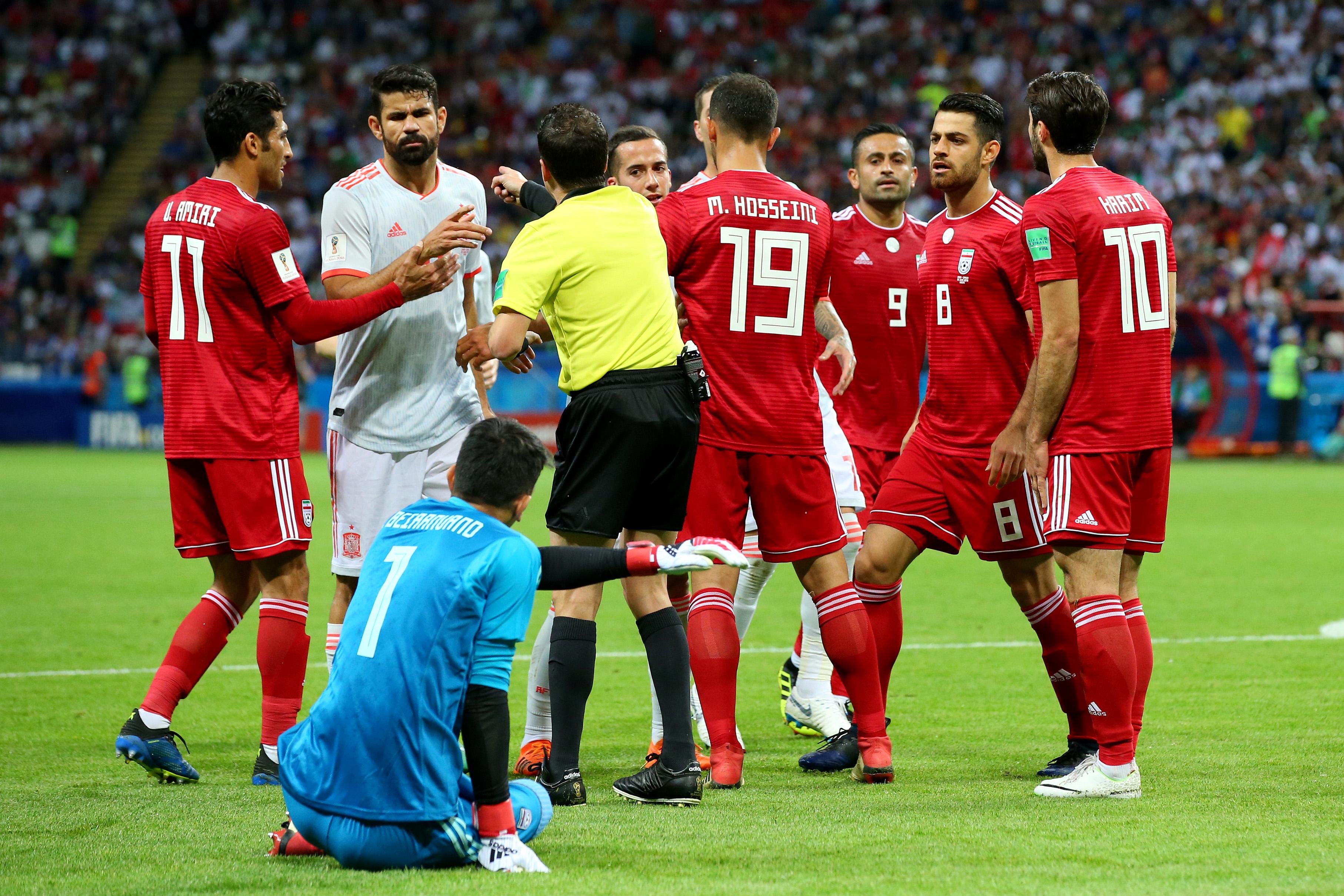 Image result for หามสตาฟฟ์อิหร่านส่งโรงบาลเกมแพ้สเปน