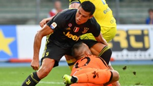 Cristiano Ronaldo Stefano Sorrentino Juventus Chievo