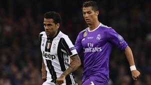 Dani Alves Ronaldo