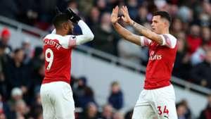 Granit Xhaka Alexandre Lacazette Arsenal vs Man Utd 2018-19