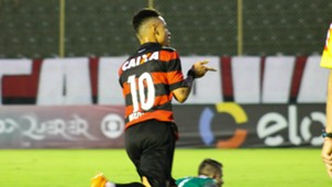 Neilton Vitória Atlético-MG Campeonato Brasileiro 11062017