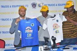 Mbao FC wakipokea vifaa