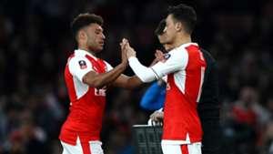 Mesut Ozil Alex Oxlade Chamberlain Arsenal Lincoln City FA Cup 11032017