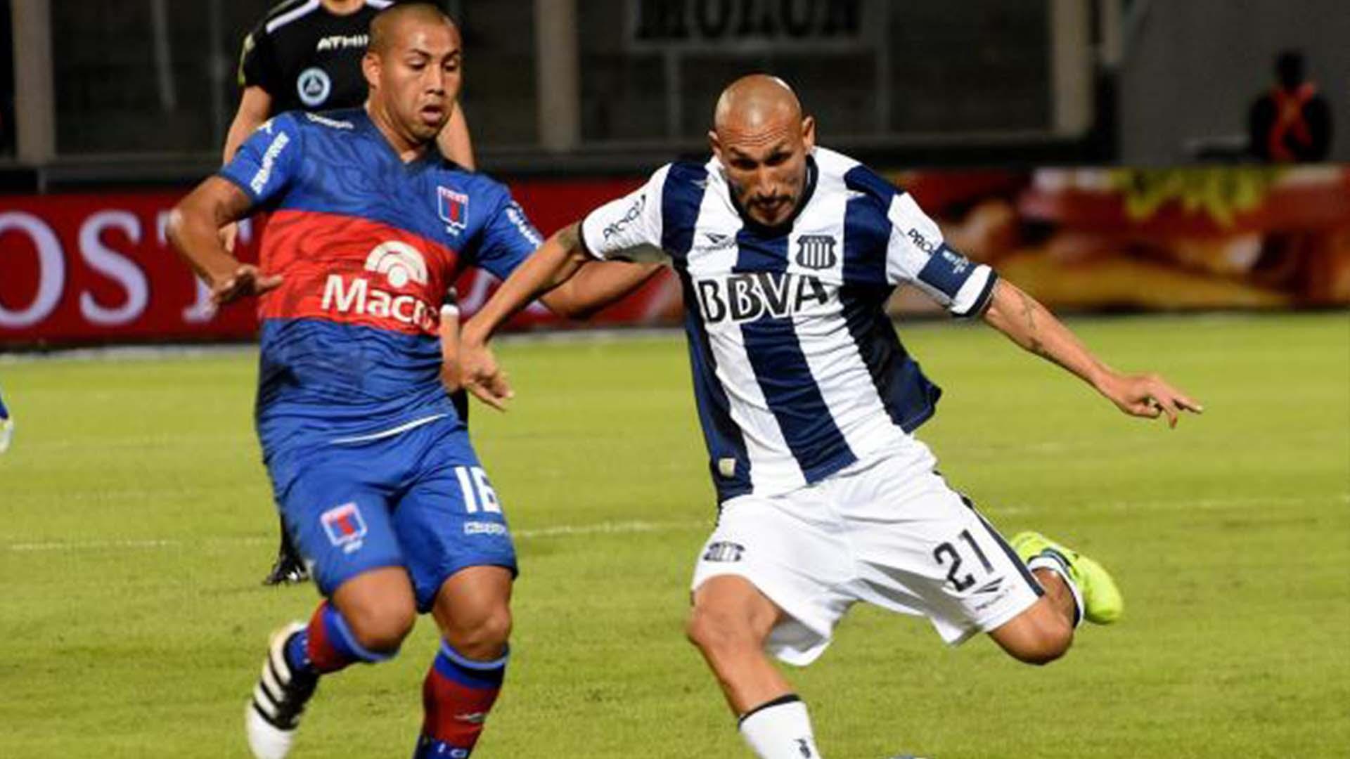 Pablo Guiñazu Iñiguez Talleres de Cordoba Tigre Primera Division 05052017