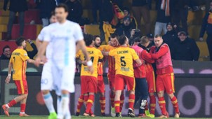 Benevento celebrating Chievo Serie A