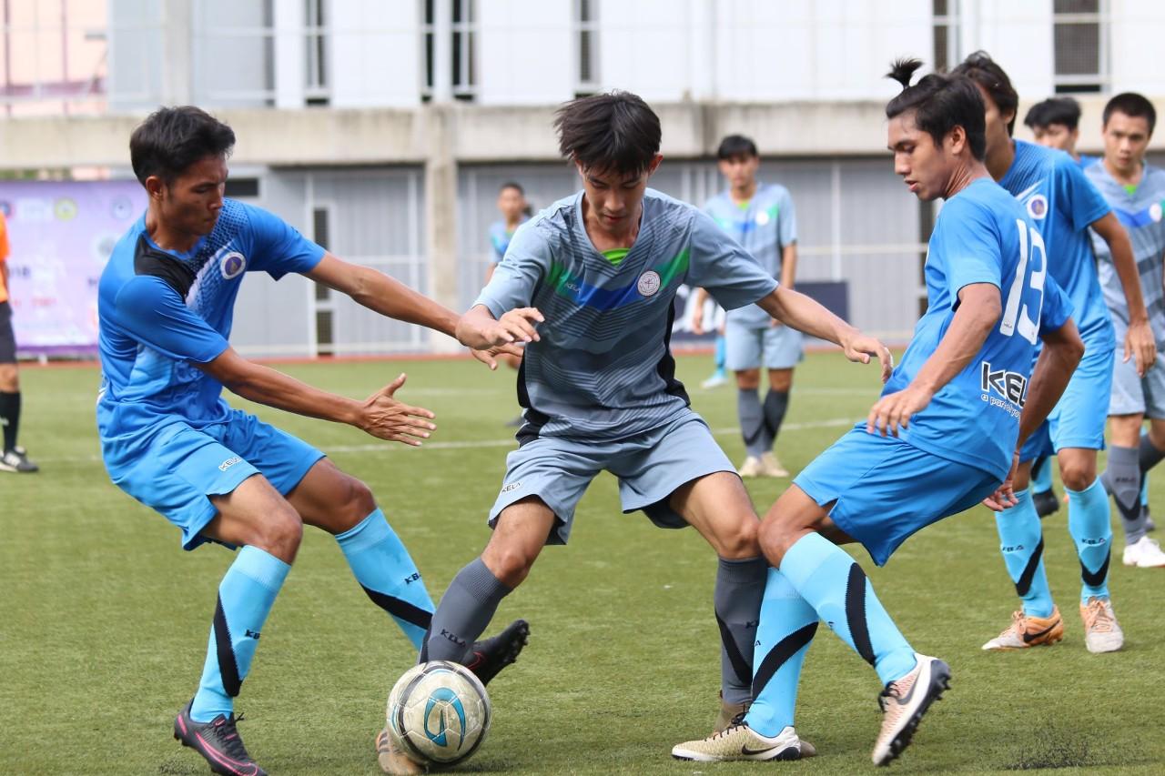 Image result for สรุปผล ฟุตบอลอุดมศึกษา 2018 : ม.ธนบุรีไม่พลาดแชมป์กลุ่ม, ม.มหิดลเฮเฮดทูเฮดลิ่ว 8 ทีม