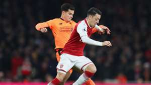Philippe Coutinho Mesut Ozil Arsenal Liverpool Premier League 12222017