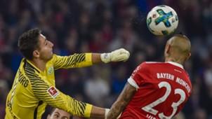Casteels, Vidal, Bayern vs Wolfsburg
