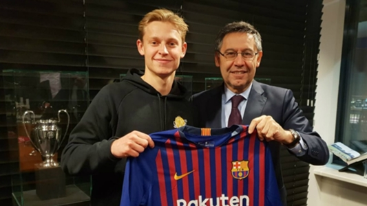 De Jong muốn 'song kiếm hợp bích' cùng Arthur ở tuyến giữa Barcelona | Goal.com