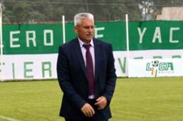 Fabriciano González