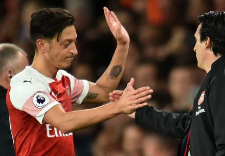 Ozil passes Klinsmann for Premier League record