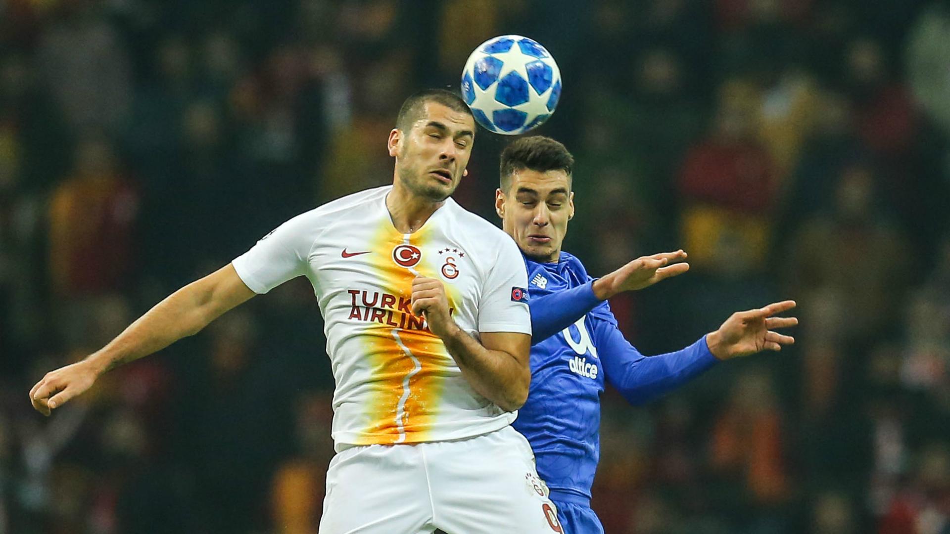 Eren Derdiyok Diogo Leite Galatasaray Porto UCL 12112018