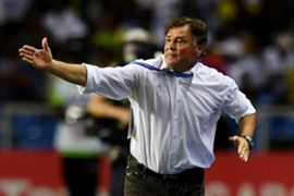 Jose Antonio Camacho, coachof Gabon, reacts during the 2017 Africa Cup of Nations