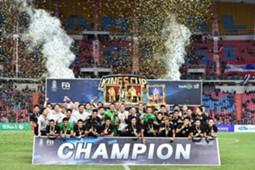 IN PICTURES : ทีมชาติไทยฉลองแชมป์คิงส์คัพ ครั้งที่ 45
