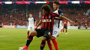Gabriel Rojas Thiago Maia Atlético PR San Lorenzo 030517