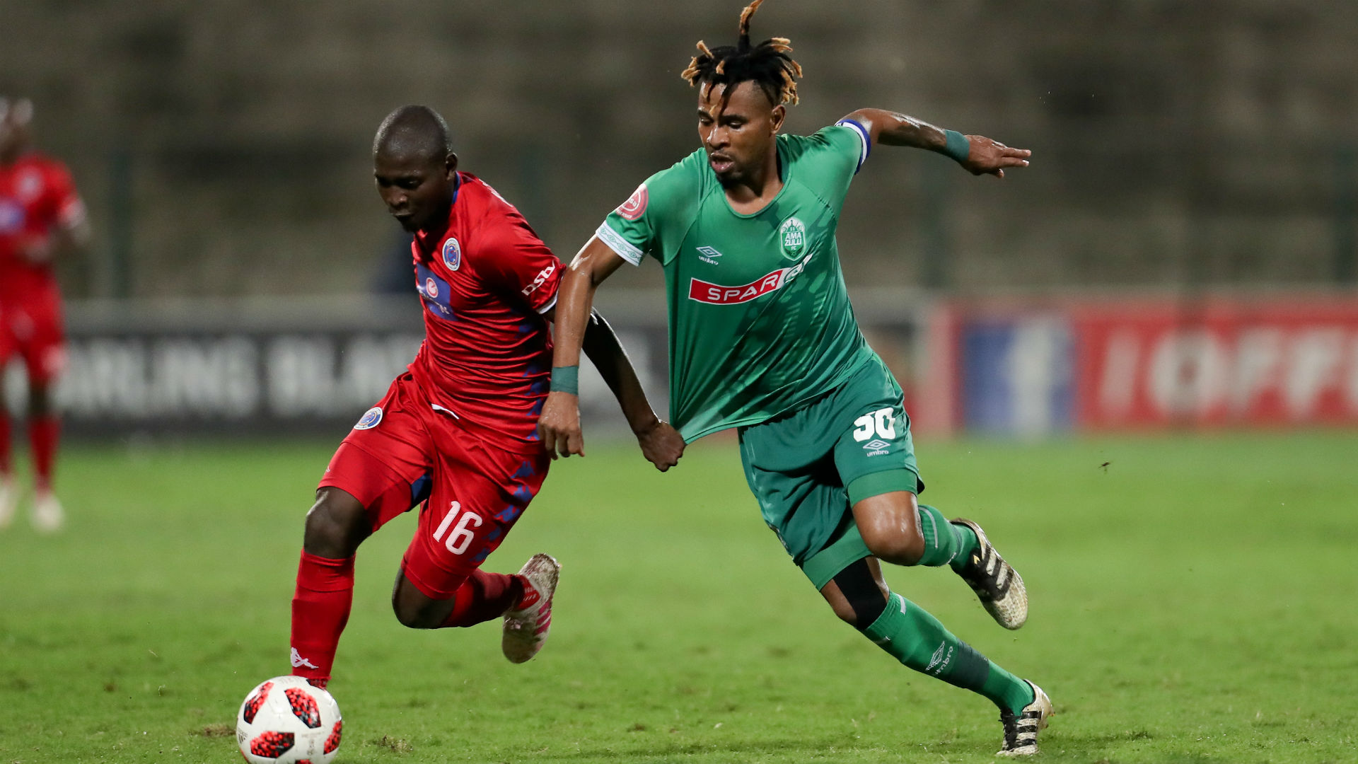 Aubrey Modiba of Supersport United and Nhlanhla Vilakazi of AmaZulu, April 2019