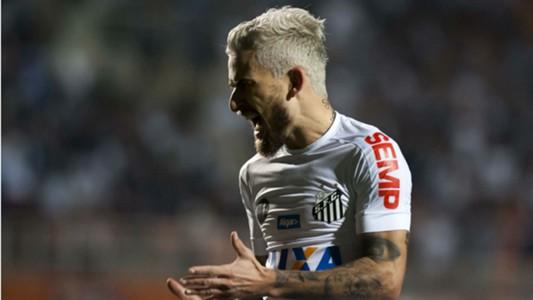 Lucas Lima Santos Fluminense Brasileirão 14 08 2017
