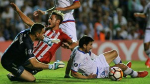 Lucas Melano Nacional Estudiantes Copa Libertadores 28022018