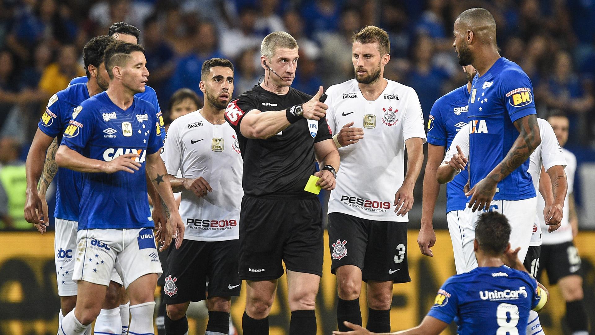 Anderson Daronco Cruzeiro Corinthians Copa do Brasil final 10102018