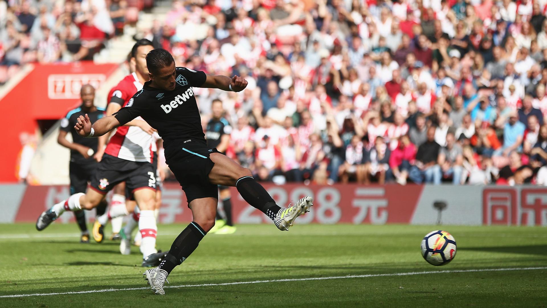 Se estrena 'Chicharito' Hernández con el West Ham United