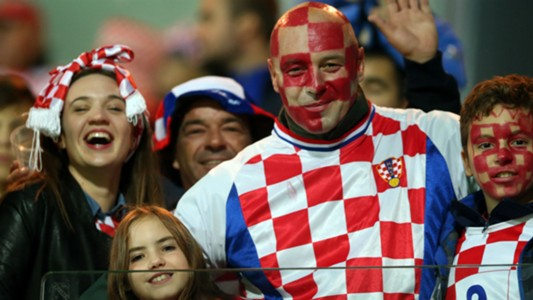 croatia finland - fans - 06102017