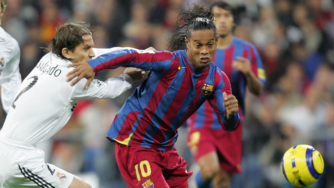 Stam, Ronaldinho, Bergkamp & Kluivert's dream XI   Sporting