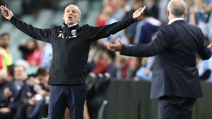Kenny Lowe Graham Arnold Perth Glory Sydney FC A-League