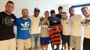 Cauan Emanuel jogadores Flamengo incêndio visita 11022019