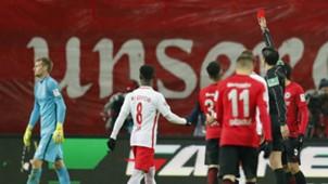 Frankfurt red card
