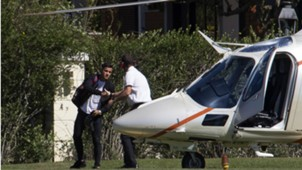 Coutinho arrived with  helicopter at Granja Comary training center