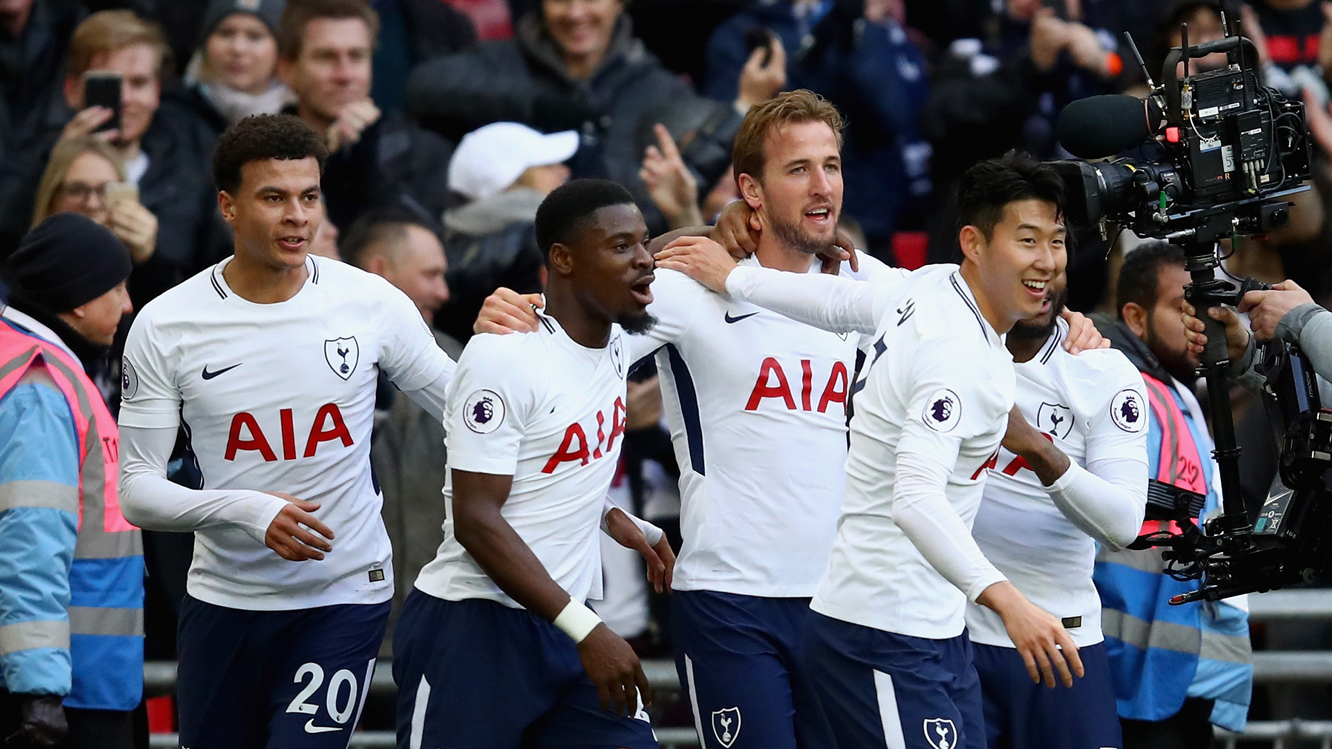 Harry Kane celebrates Tottenham Southampton Premier League