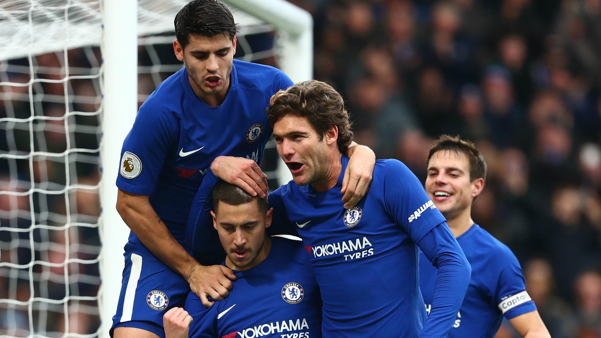 Chelsea - Newcastle: Chelsea players celebrate Hazard's brace