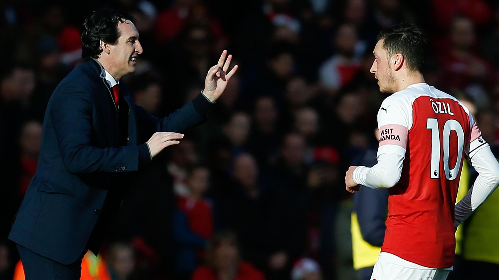Unai Emery Mesut Özil FC Arsenal