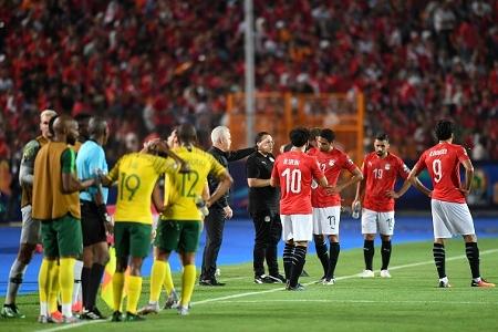 بطولة أبو تريكة، تخليد الشهداء، عداء صلاح وظواهر أمم إفريقيا   Goal.com