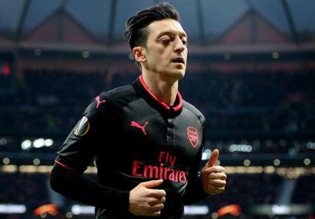 Emery: Ozil Salah Satu Talenta Terbesar Di Arsenal