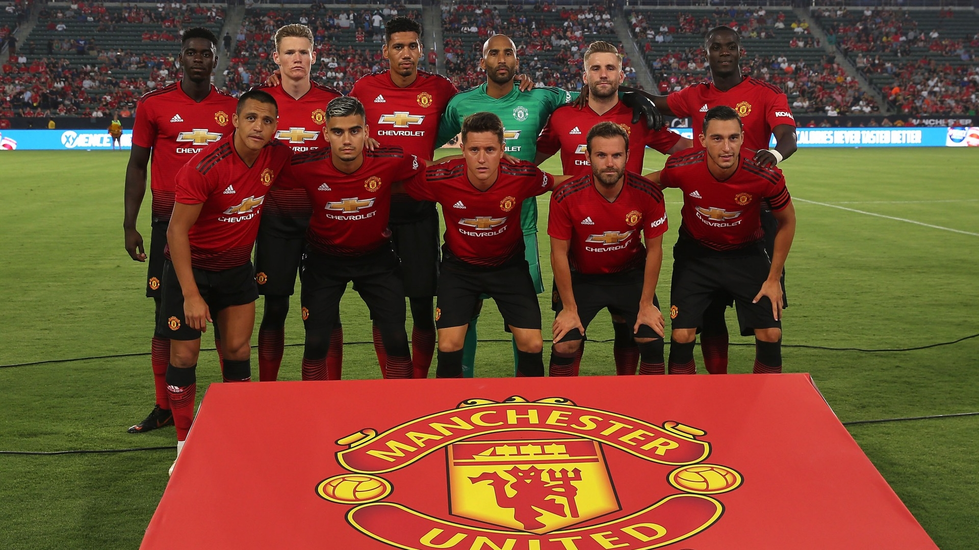 manchester united-2018_2019-home uniform3