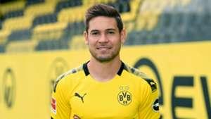 Borussia Dortmund and Guerreiro still discussing contract extension