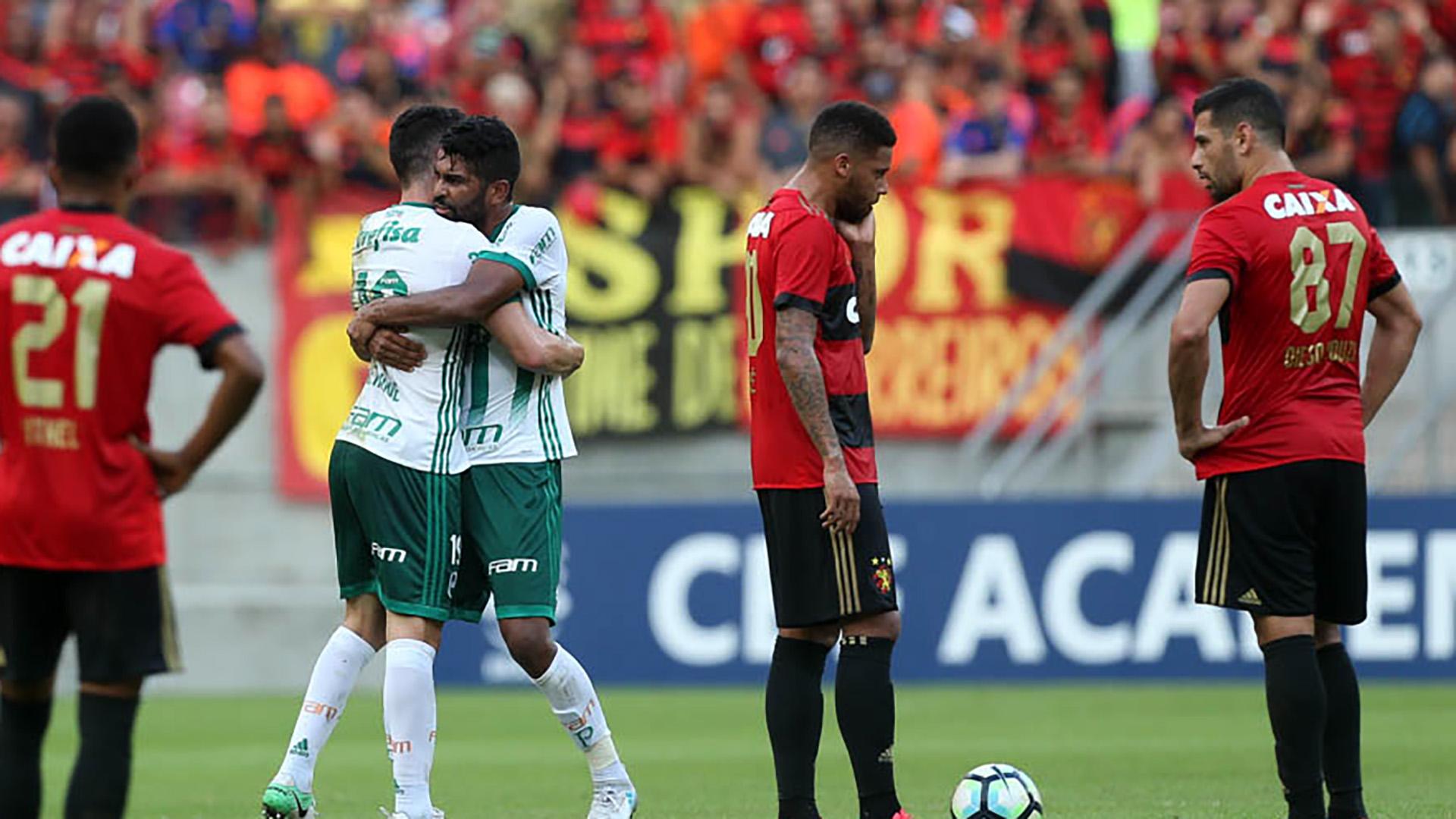 Bruno Henrique Diego Souza Thiago Santos Sport Recife Palmeiras Brasileirao Serie A 23072017