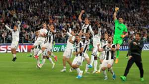Juventus celebrates against Monaco, CL, 09052017