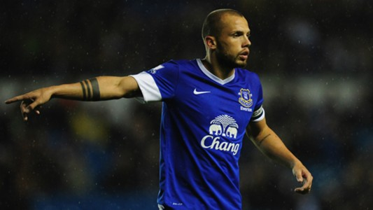 HD Heitinga Everton