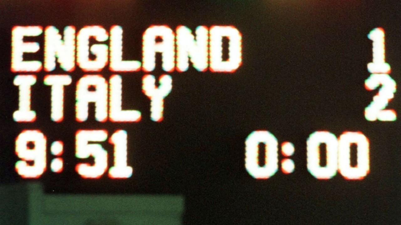 England Italy 2002