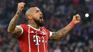 Arturo Vidal FC Bayern FC Augsburg 20171118