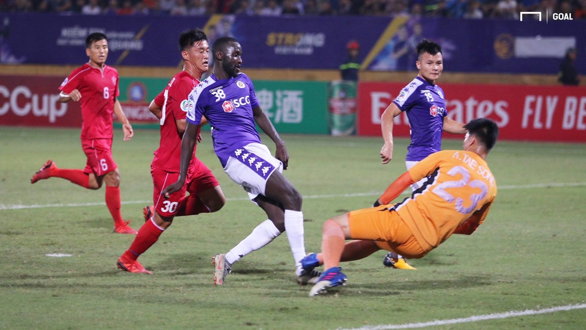 Papa Ibou Kebe - Nguyen Quang Hai Ha Noi FC vs April 25 | Inter-zone play-off finals | AFC Cup 2019
