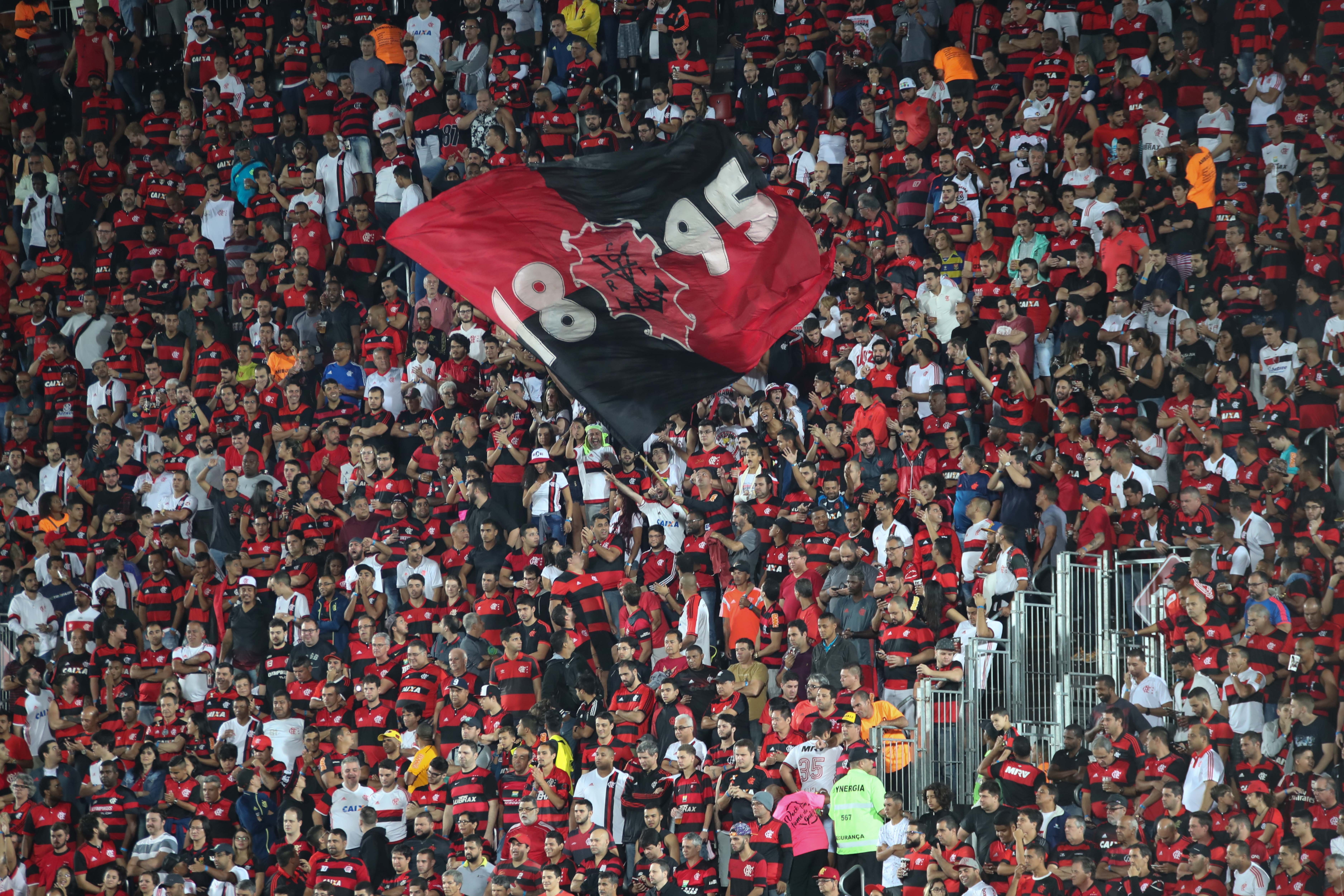 Torcida Flamengo Ilha do Urubu