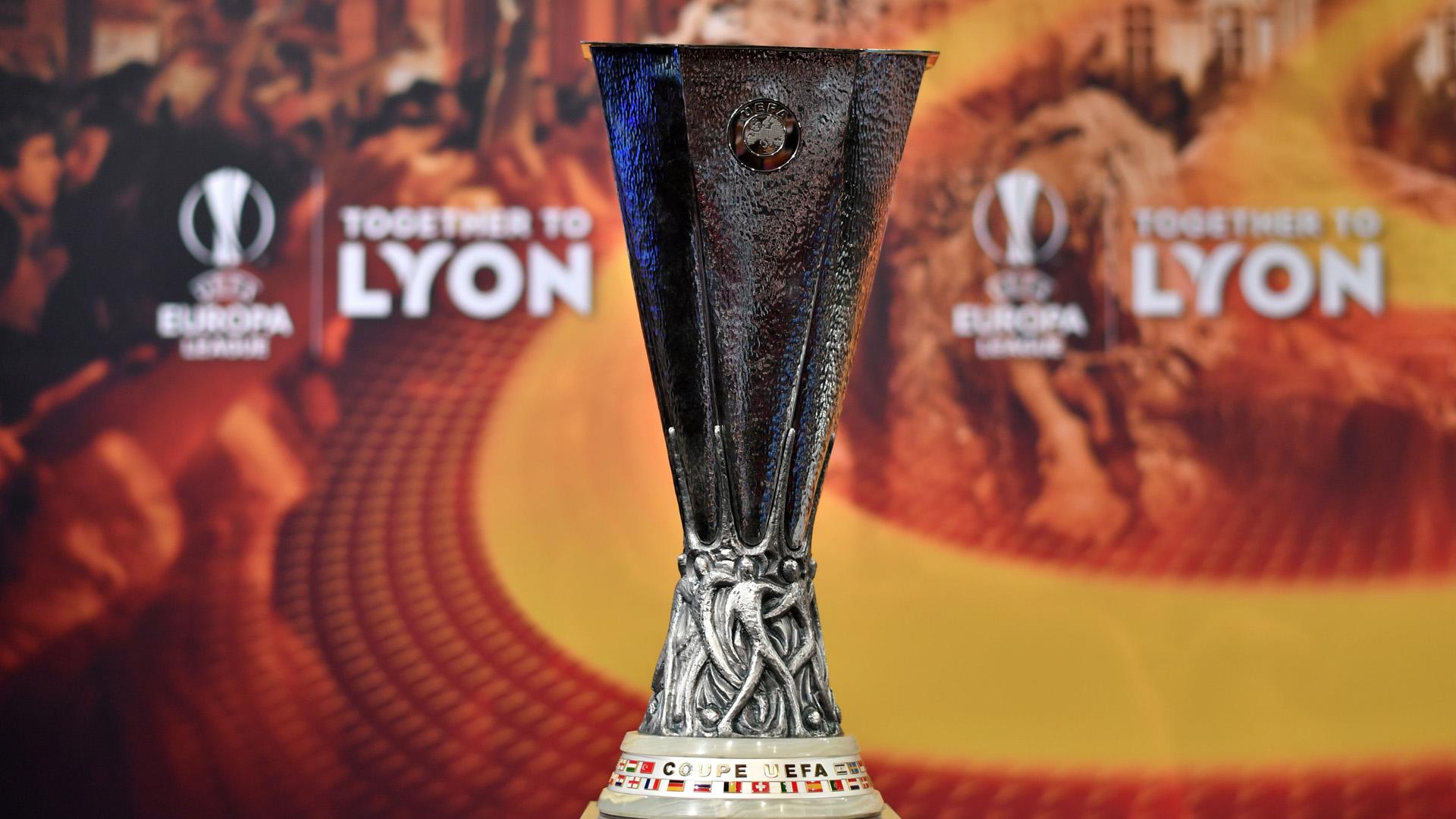UEFA Europa League trophy 13042018