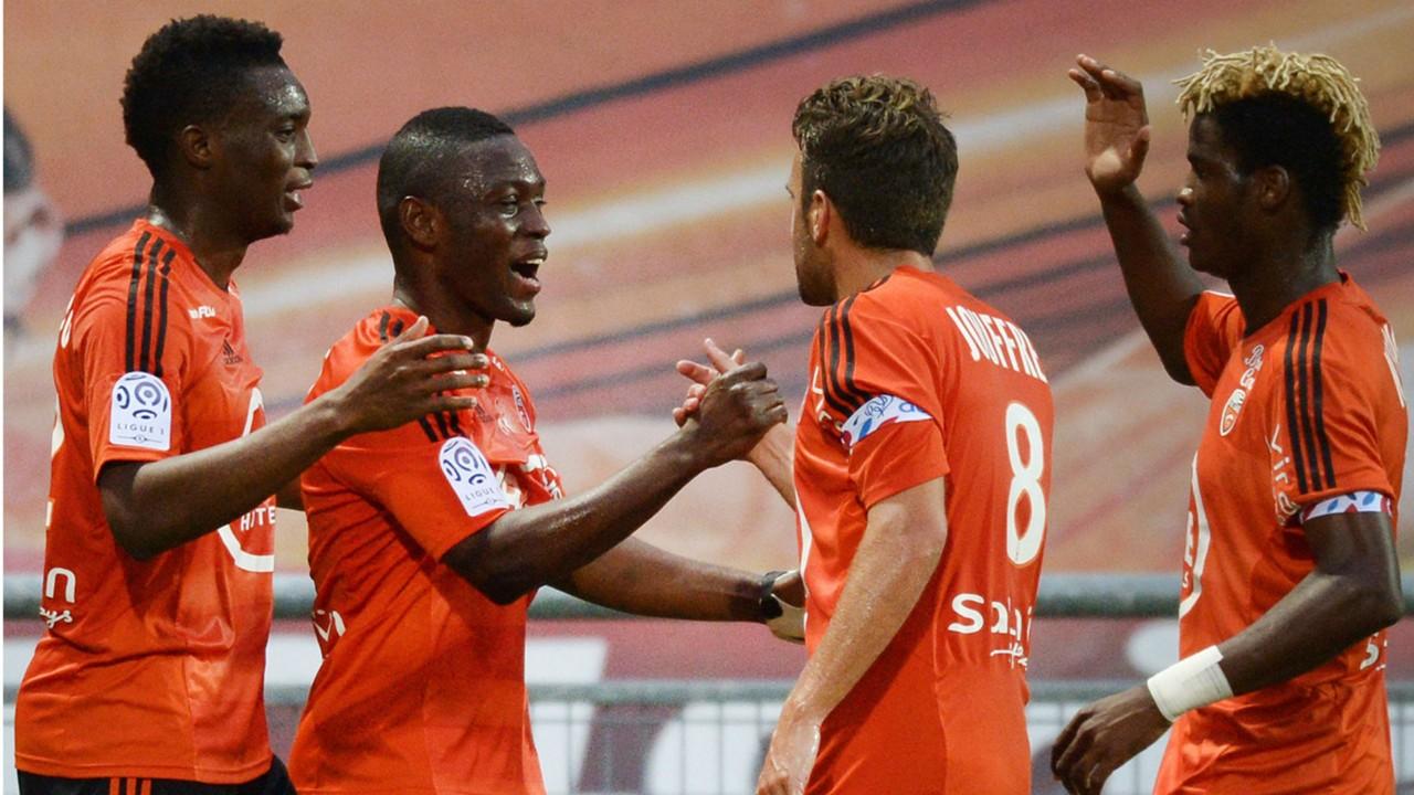 Abdul Majeed Waris, Benjamin Moukandjo - Lorient 02042017