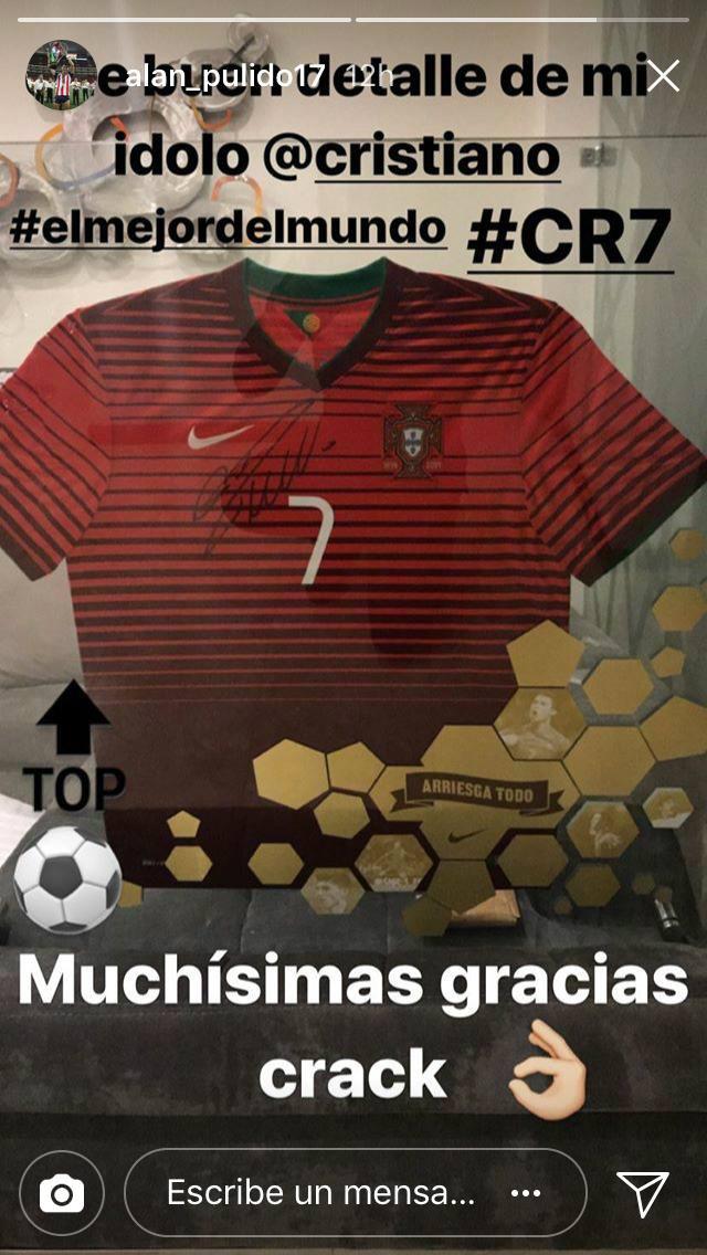 Alan Pulido Cristiano Ronaldo Regalo
