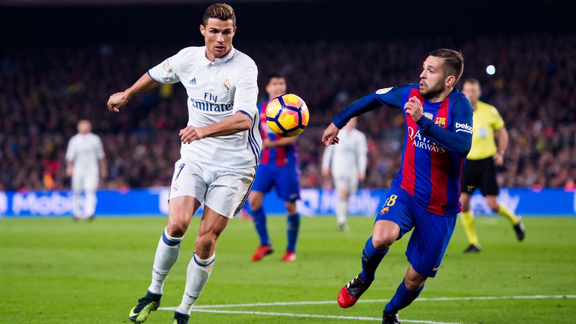 Sergi Roberto acerta soco em Marcelo e é expulso — Barça x Real